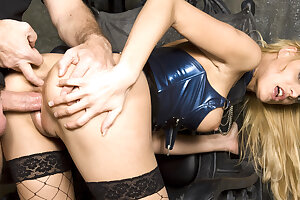 Domina TEEN STACEY GETS ROUGH ANAL SEX FROM OWN Sub AT SESSION